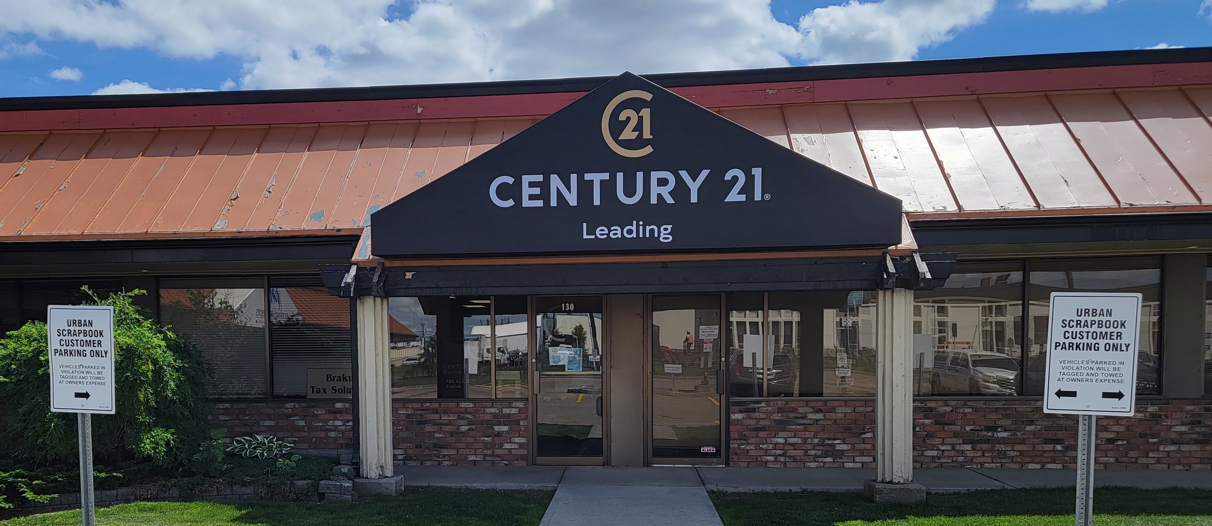 CENTURY 21 Leading Grows in Edmonton